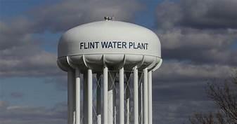 Flint Michigan issues water emergency